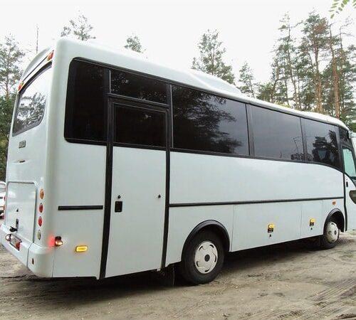 белый ивеко 30 пассажирских мест аренда автобуса с водителем