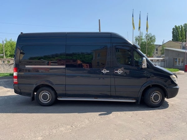 черный микроавтобус мерседес спринтер 10 мест аренда Киев