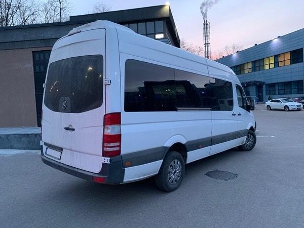 белый микроавтобус мерседес спринтер 18 мест аренда в киеве