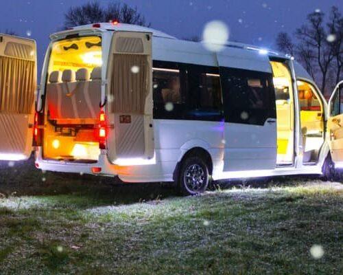 лакшери микроавтобус мерседес спринтер 21 мест аренда с водителем киев